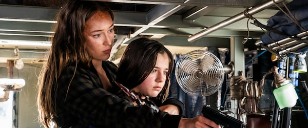 fear the walking dead alicia holding charlie hostage