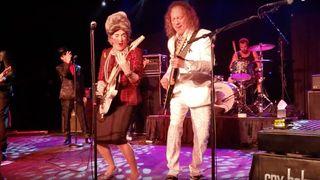 The Wedding Band - Kirk Hammett vs Mrs. Smith Wah Battle (Live) 03-08-20 Columbia, SC