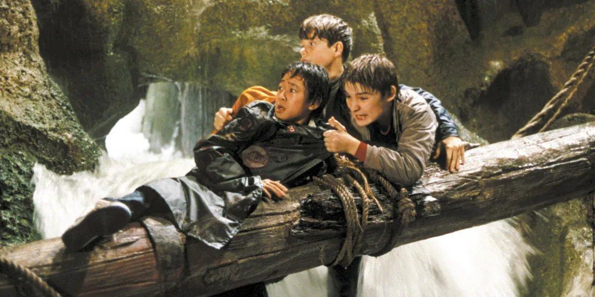 Ke Huy Quan, Sean Astin, and Corey Feldman in The Goonies