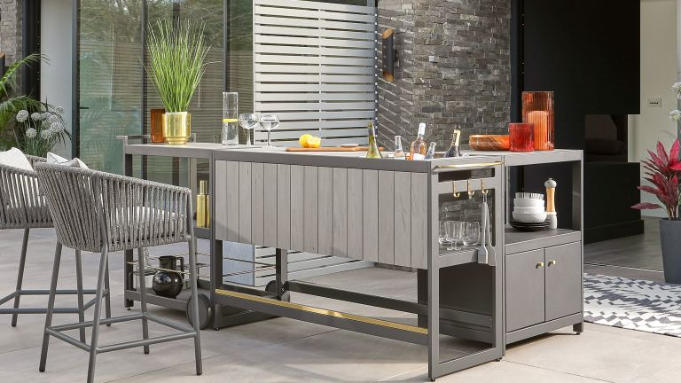 outdoor bar ideas: danetti bar