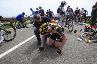 Giro d'Italia 2021 - 104th Edition - 15th stage Grado - Gorizia 147 km - 22/05/2021 - Crash - Jos Van Emden (NED - Jumbo - Visma) - photo Luca Bettini/BettiniPhoto©2021
