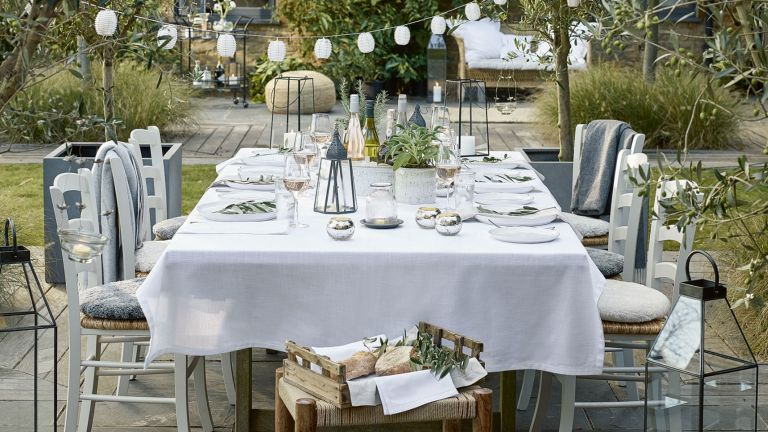 Easter table decor: White Cotton Tablecloth