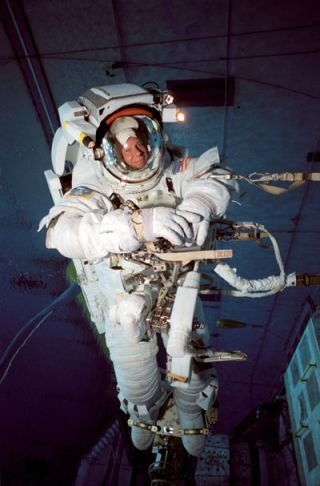Mission Discovery: Spacewalkers Set for ISS Construction