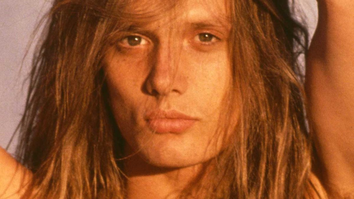 Watch a pre-fame Sebastian Bach cover Led Zeppelin at a star-studded wedding