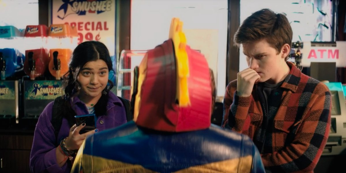 Iman Vellani and Matt Lintz in Ms. Marvel