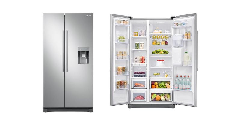 Samsung RS52N3313SA/EU American Fridge Freezer with Non Plumbed Water Dispenser - Graphite