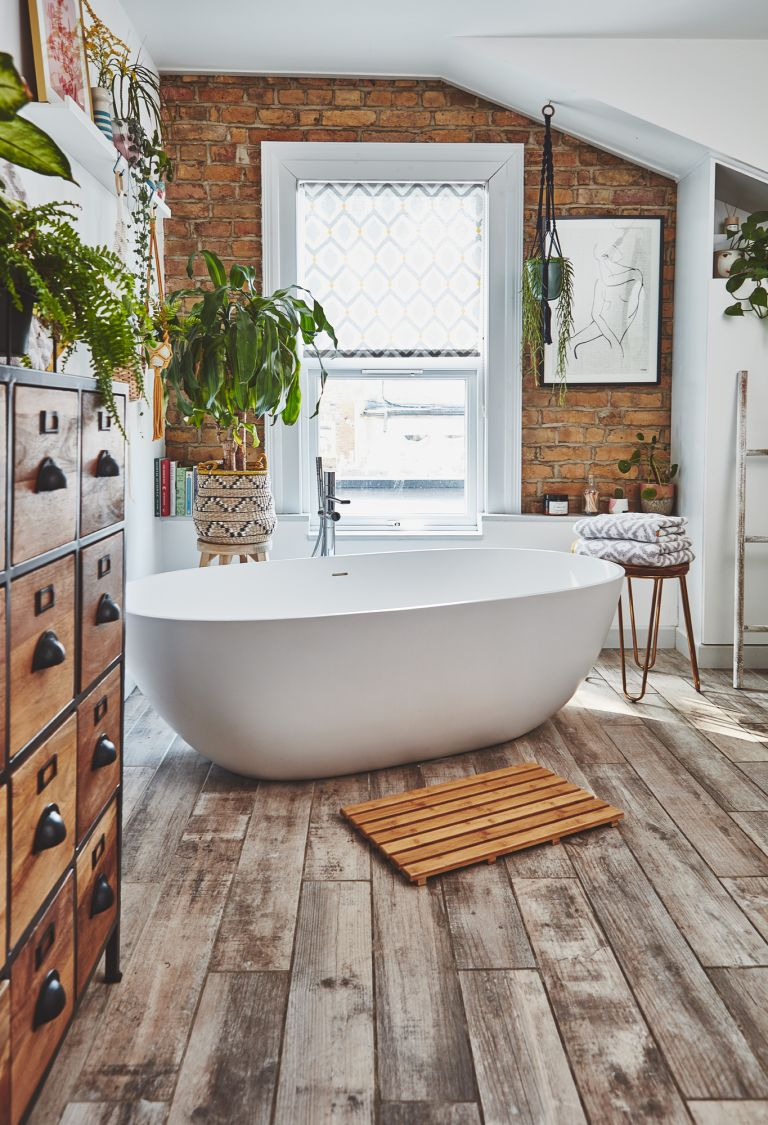 Bathroom with natural textures and apothecary unit