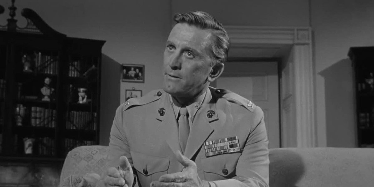 Kirk Douglas in Seven Days in May