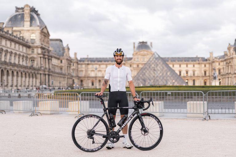 Jack Thompson after reaching Paris