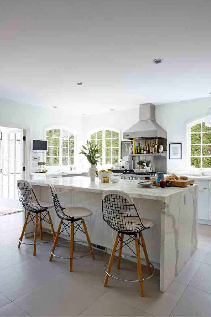 Get an instant luxe kitchen look with these marble designs