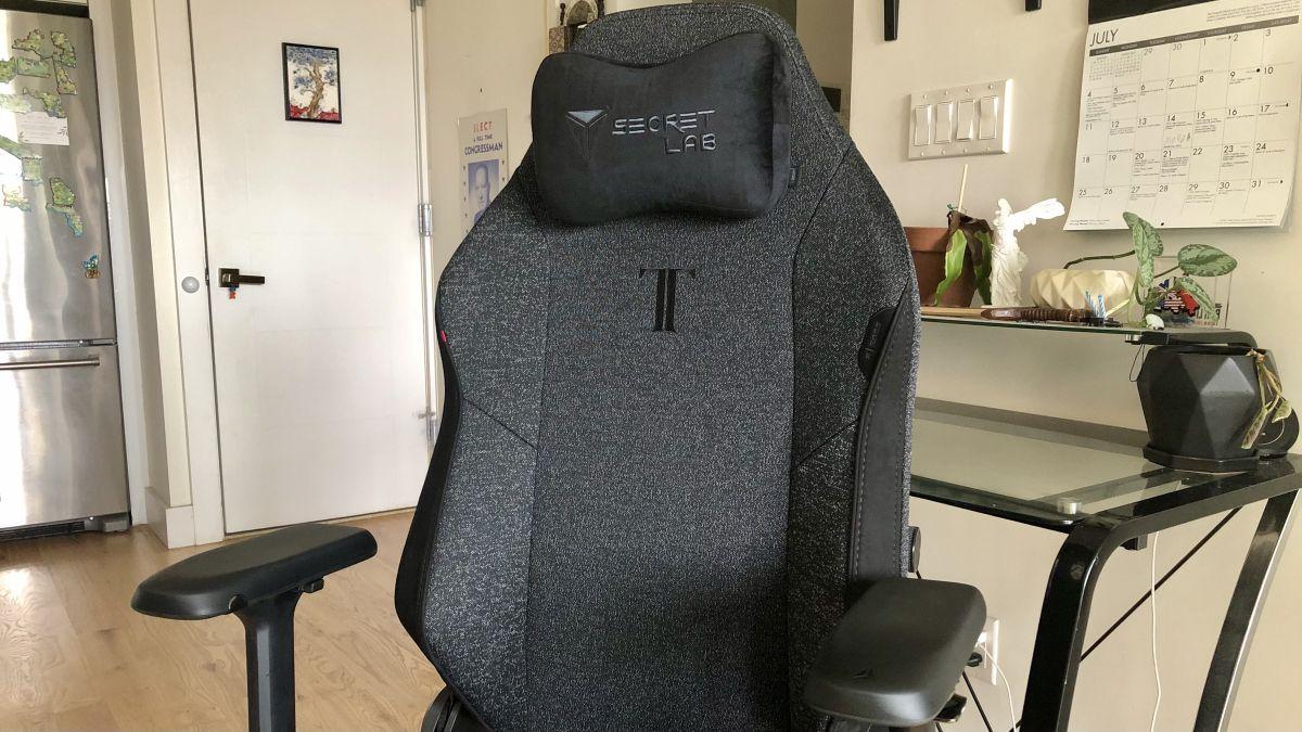 Secretlab Titan Evo 2022 Review: Superior Gaming Chair