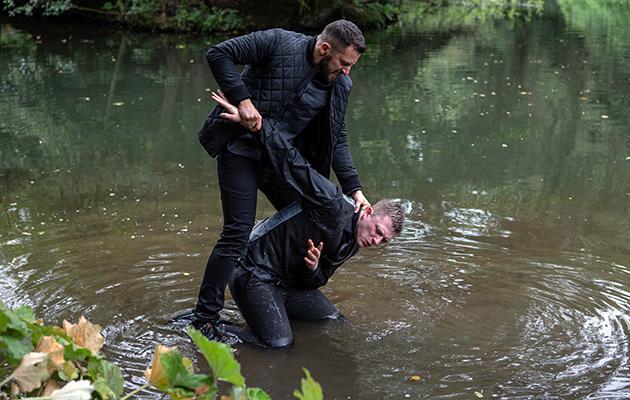 Ross Barton attacks Simon