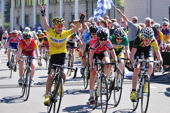 Jack Escritt wins stage 3 (Youth B cat), Isle of Man Youth Tour 2011
