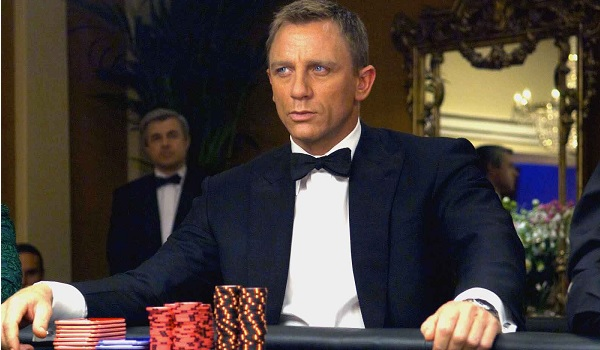 Daniel Craig Casino Royale betting at the card table