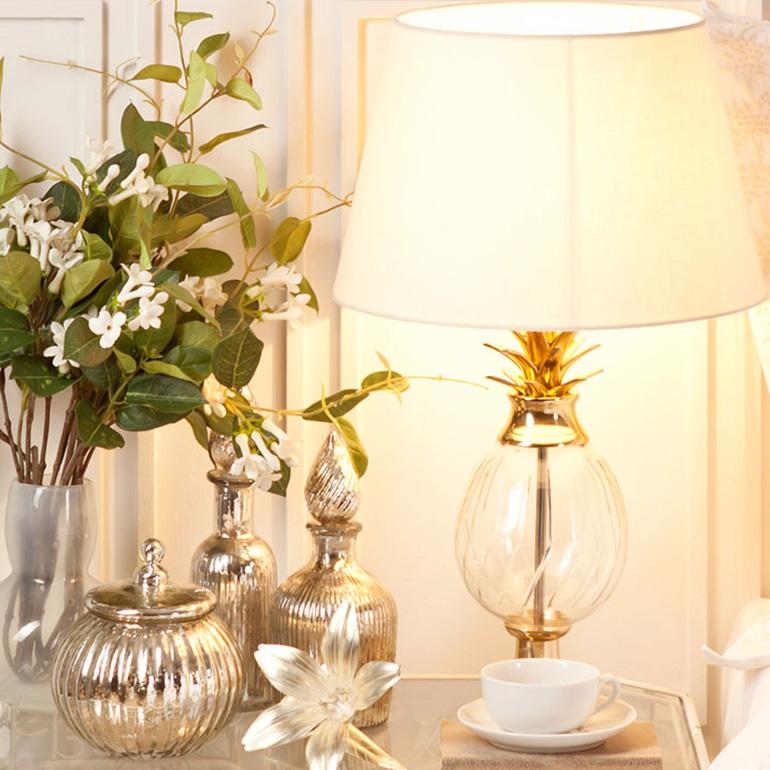 Wondrous Truly Unique Table Lamps Womanhome Home Interior And Landscaping Mentranervesignezvosmurscom