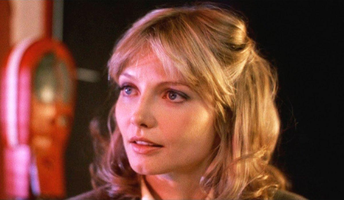 Tron Lora Baines in Flynn's Arcade