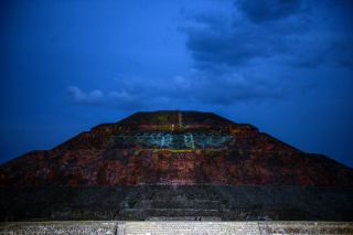 Christie and Cocolab Light Up the Teotihuacan Pyramids