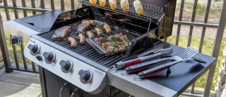 Natural gas vs propane grills: Which is right for you?