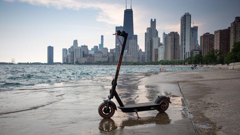 Yadea KS5 Pro escooter