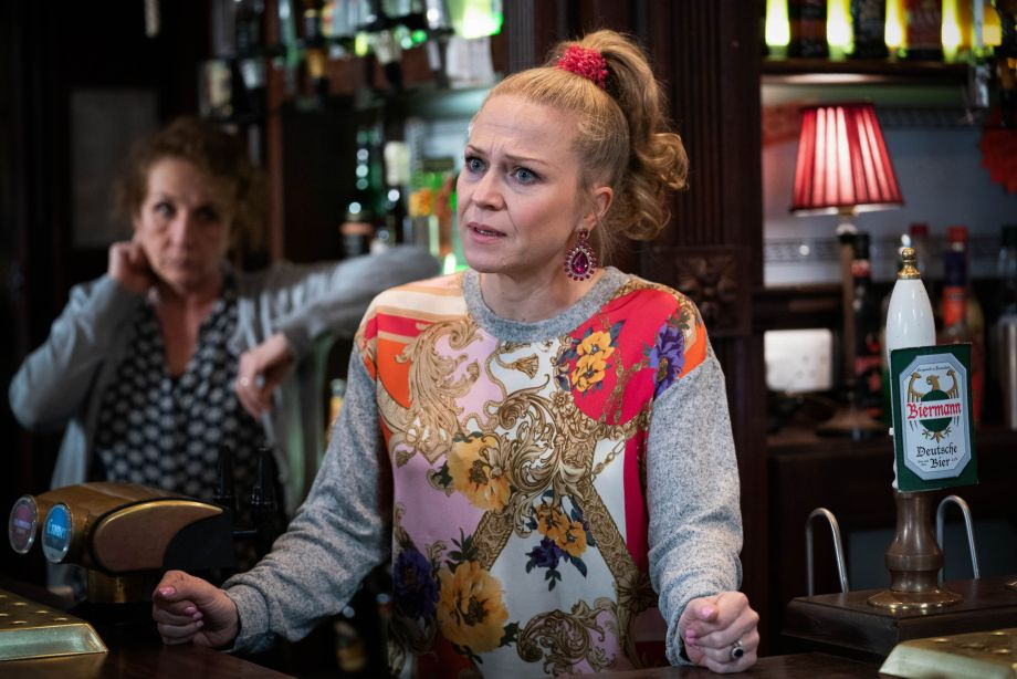 Linda Carter stands up for herself in EastEnders