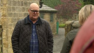 Will Paddy Kirk strike a dodgy deal with Kim?