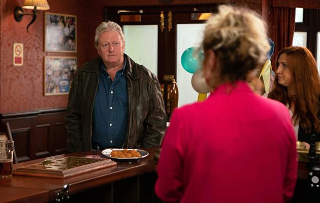 Coronation Street spoilers: Liz McDonald brings Jim up to speed