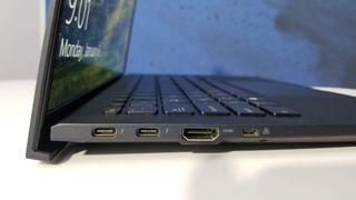 Asus ExpertBook BH9450