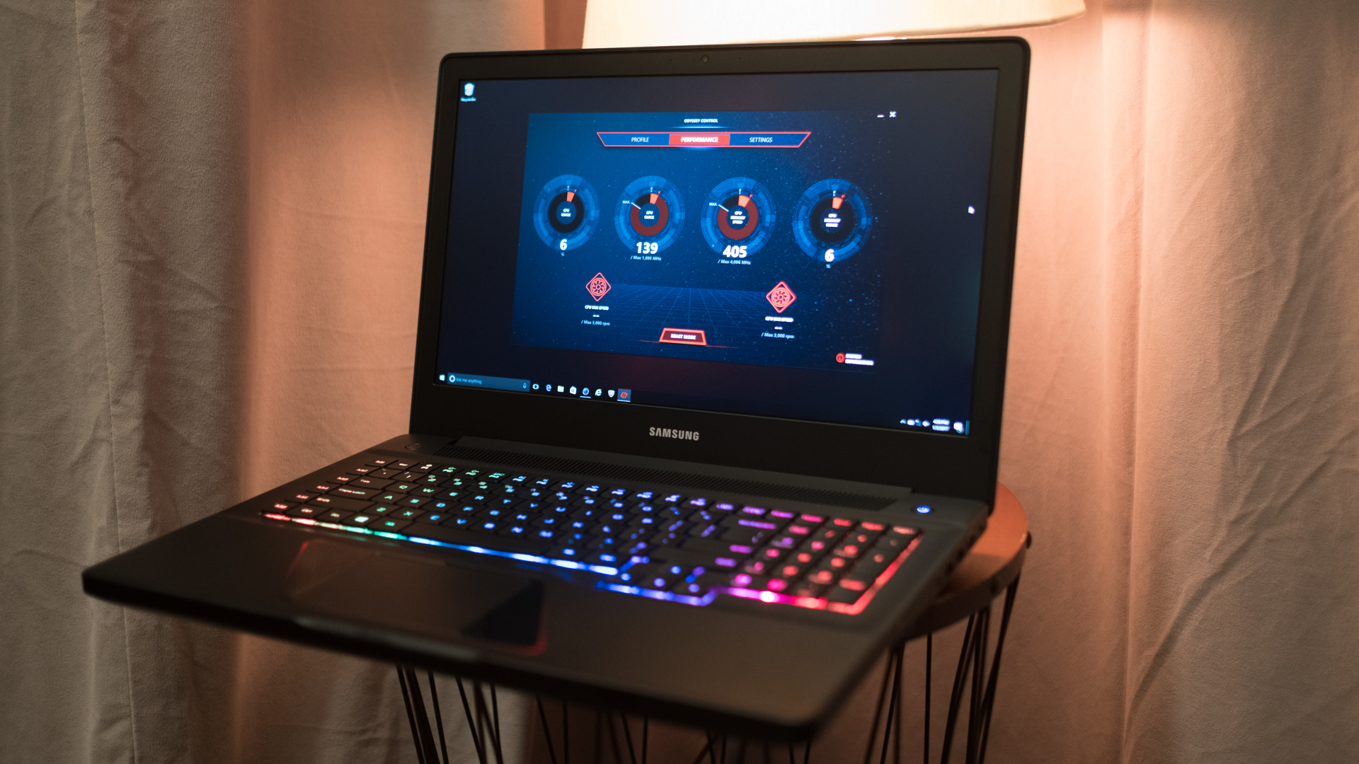 Samsung S First Gaming Laptops Are Gorgeous And Upgradable Techradar