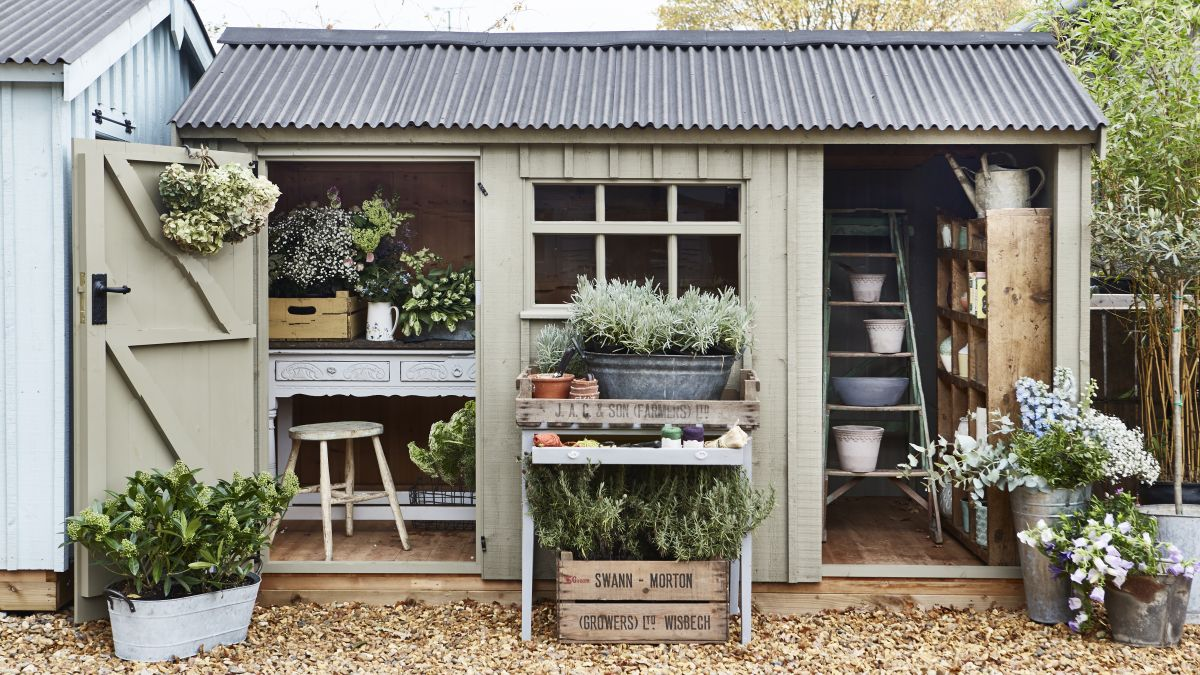 How To Use Paint In The Garden Real Homes