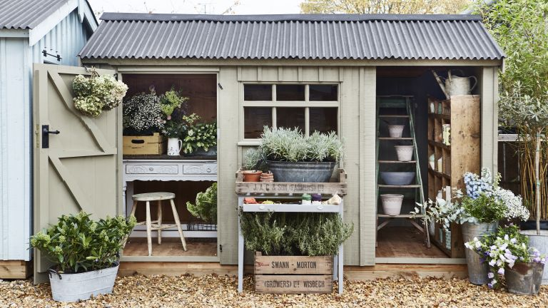 Dining Room Storage Ideas To Keep Your Scheme Clutter Free: 13 Garden Storage Ideas