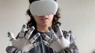 Lucas_vrtech's haptic glove prototype