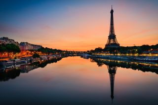 Sunrise at the Eiffel Tower in Paris.
