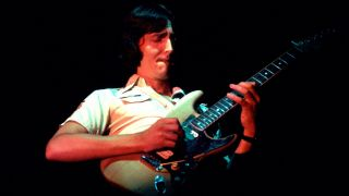Allan Holdsworth performing at Tuts in Chicago, Illinois, September 14, 1983