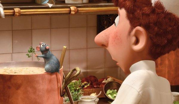 Ratatouille Remy makes soup and shocks Linguini
