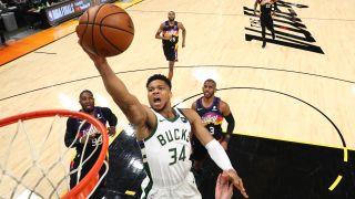 Suns vs Bucks live stream nba finals game 3