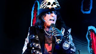 Alice Cooper will play seven dates in the UK in October - The Stranglers and MC50 confirmed as special guests