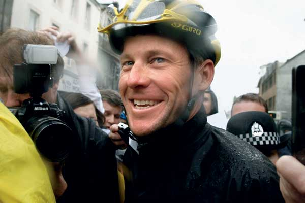 Lance Armstrong in Paisley.jpg