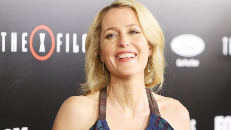 """Gillian Anderson arrives at the Los Angeles premiere of Fox's """"The X-Files"""" held at California Science Center on January 12, 2016 in Los Angeles, California"""