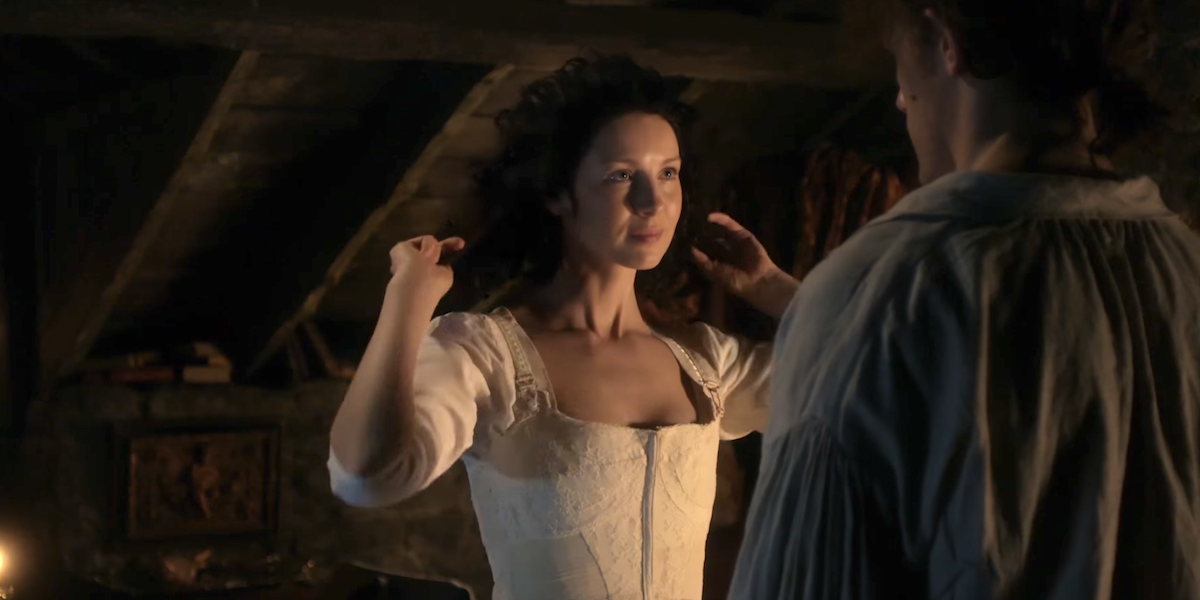 outlander starz claire undressing
