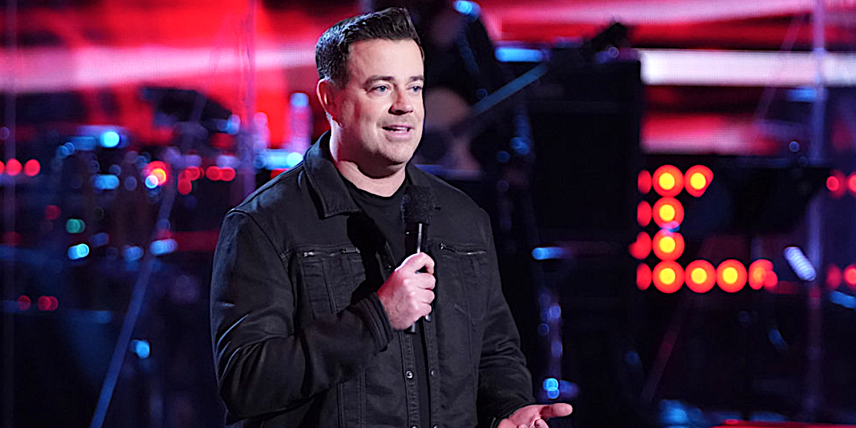 Carson Daly hosts The Voice