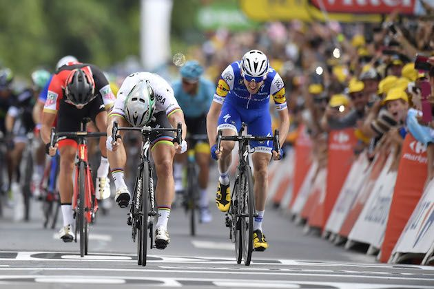 Demare takes Tour stage amid crashes