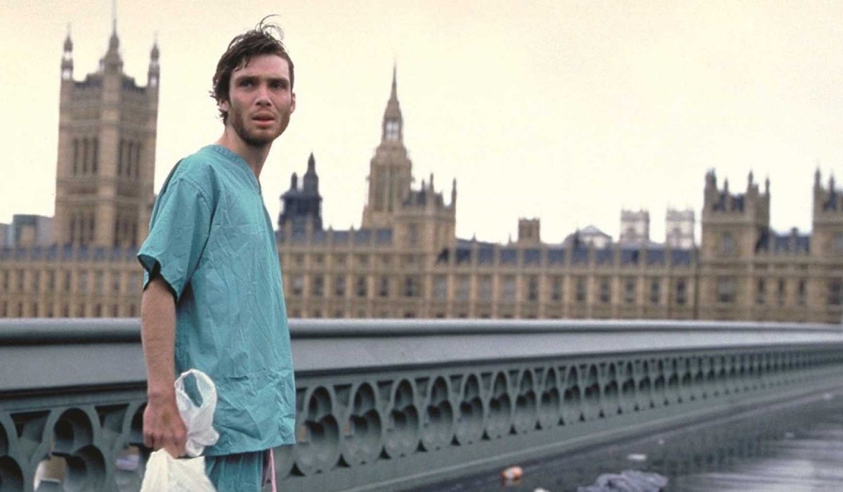28 Days Later Cillian Murphy walking on a deserted London bridge