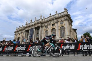 TURIN ITALY MAY 08 Simon Yates of United Kingdom and Team BikeExchange during the 104th Giro dItalia 2021 Stage 1 a 86km Individual Time Trial stage from Torino to Torino Palazzo Madama Piazza Castello Public Fans ITT girodiitalia Giro on May 08 2021 in Turin Italy Photo by Stuart FranklinGetty Images