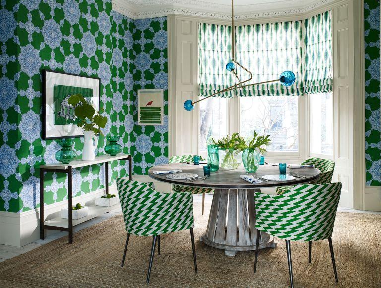 Dining room - Scale in interior design