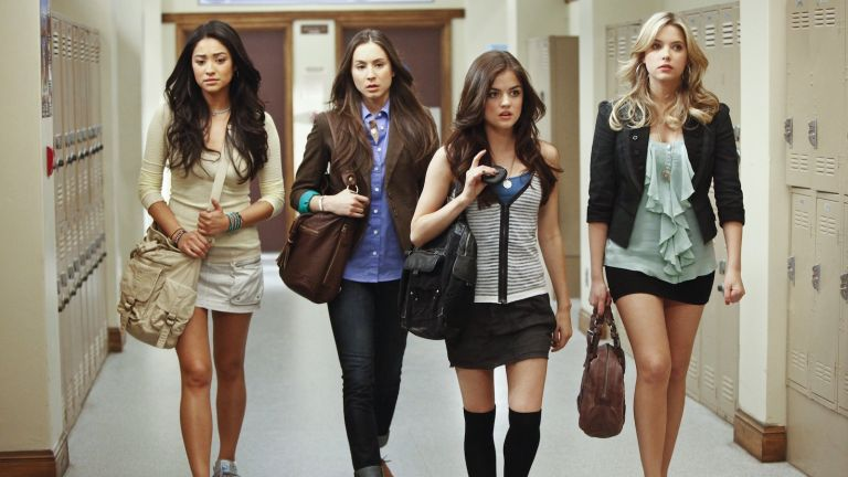 """PRETTY LITTLE LIARS - """"The Jenna Thing"""" - With the return of Jenna Cavanaugh to Rosewood, the girls must face an unpleasant past as questions arise about Alison's death, in an all-new episode of Walt Disney Television via Getty Images Family's original series, """"Pretty Little Liars,"""" premiering Tuesday, June 15th (8:00 - 9:00 PM ET/PT). (Photo by Jamie Trueblood/Walt Disney Television via Getty Images Family via Getty Images) SHAY MITCHELL, TROIAN BELLISARIO, LUCY HALE, ASHLEY BENSON"""