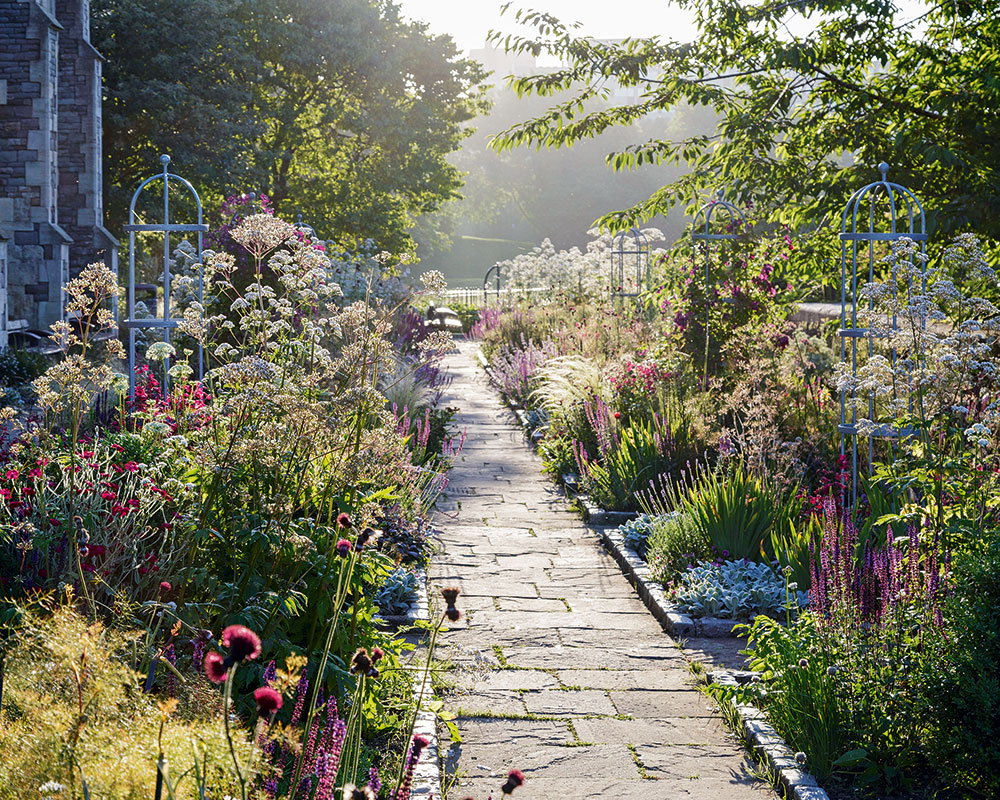 Homes & Gardens How To Gardening Guide
