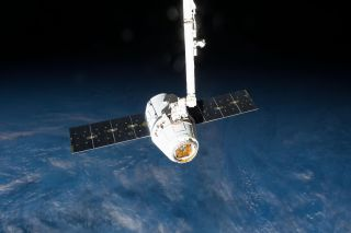 Canadarm 2 and SpaceX Dragon