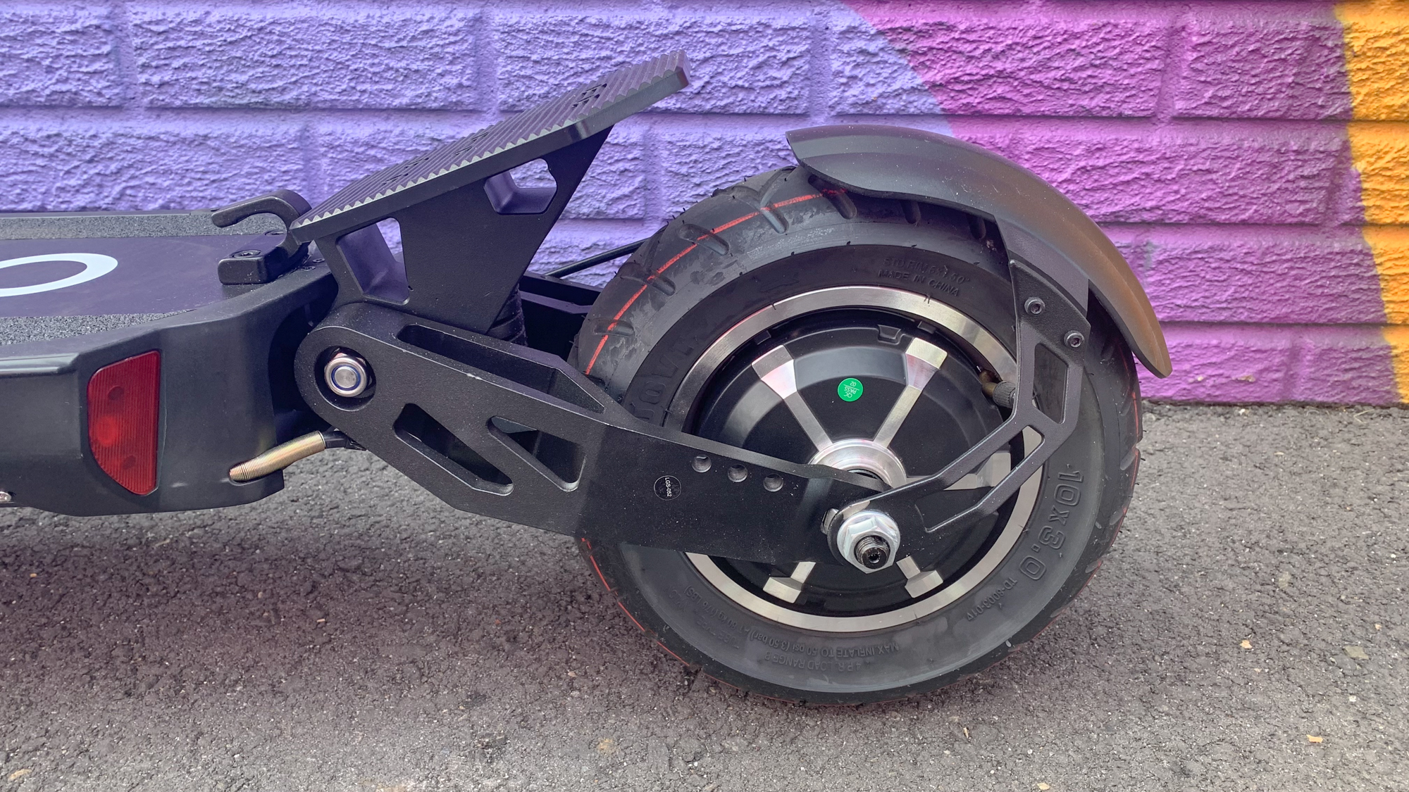 Apollo Ghost electric scooter review