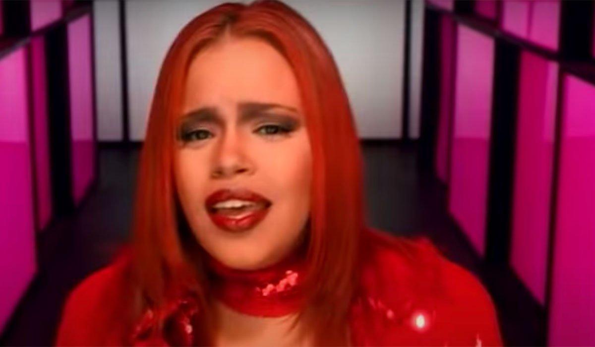 Faith Evans in a music video.