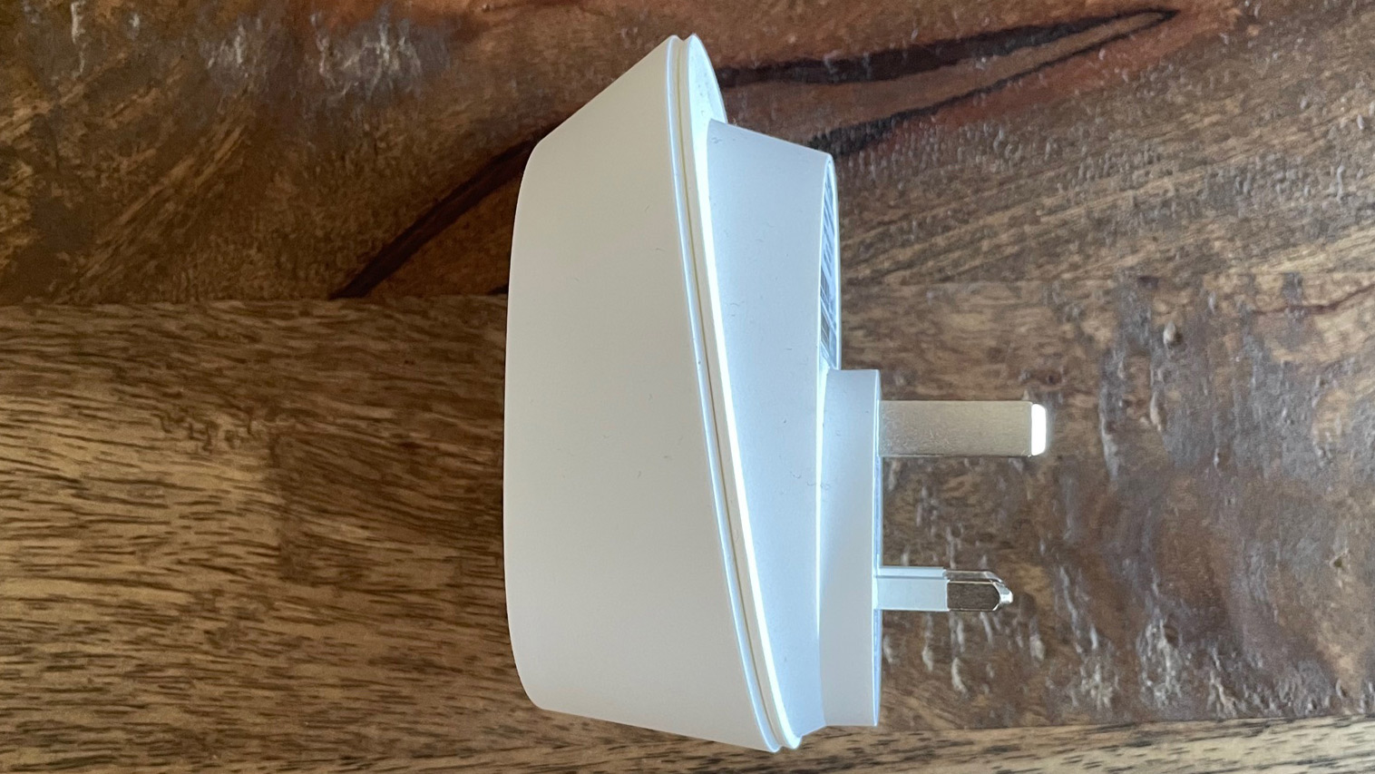 TP-Link Smart Wi-Fi Plug with Energy Monitoring HS110